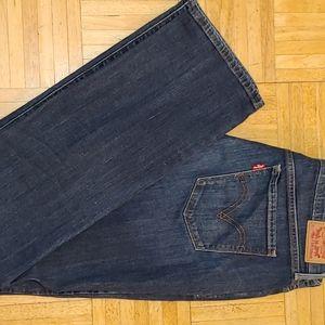 Levi's straight leg jeans size 10